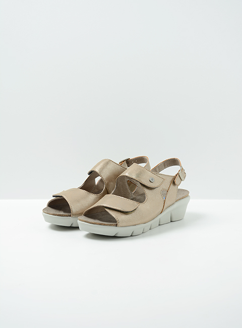 wolky sandalen 00651 star 02150 taupe biocare front