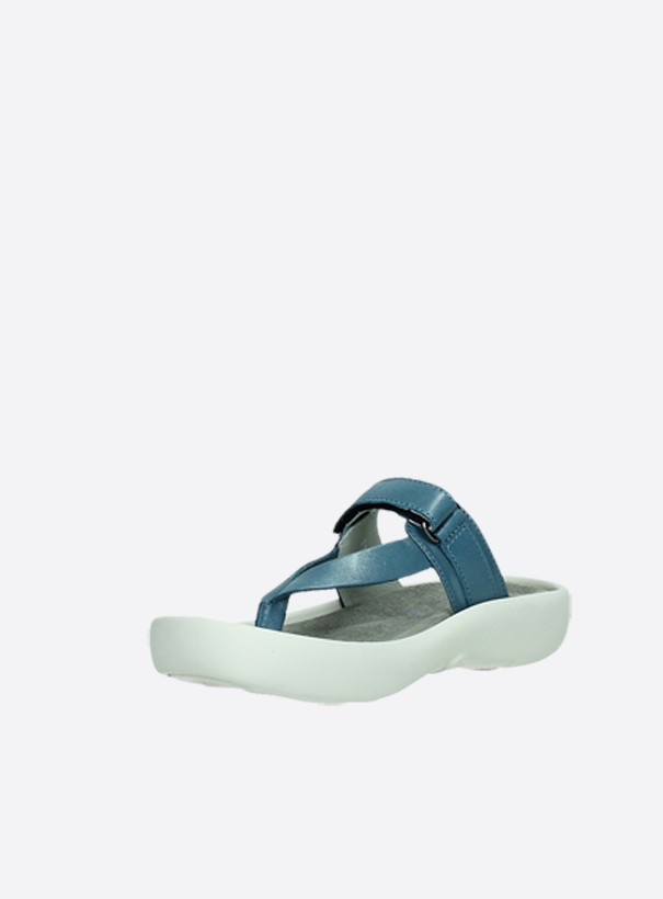 wolky slippers 00821 peace 87860 staalblauw pearl leer front