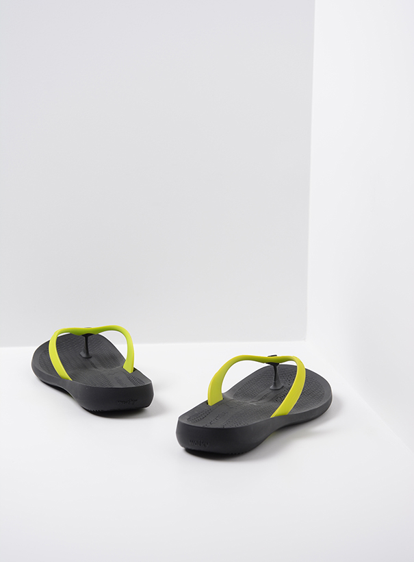 wolky slippers 01200 beach babes 90900 geel tpu back