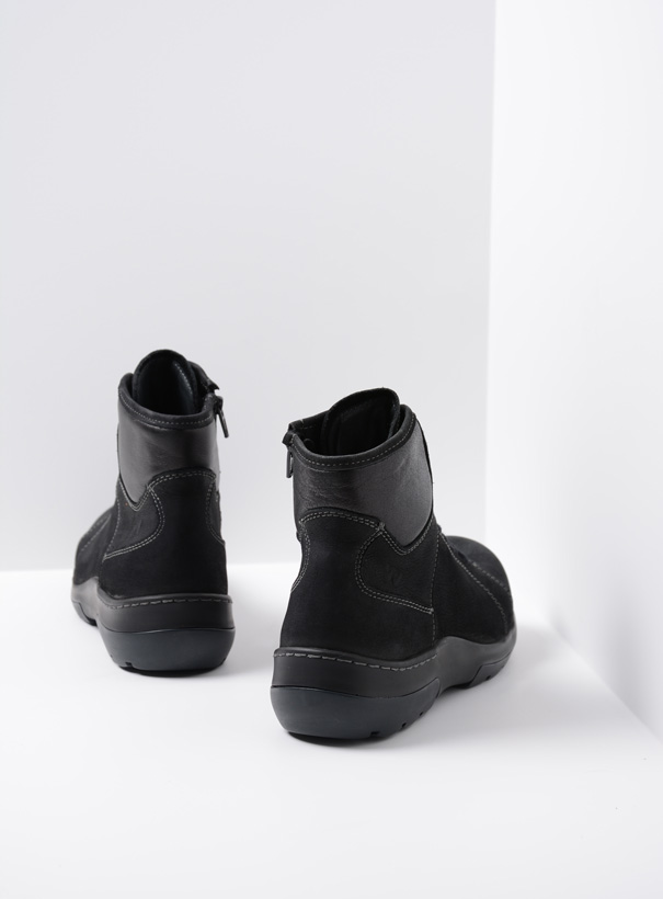 wolky extra comfort 03030 ambient wp 11001 zwart nubuck back