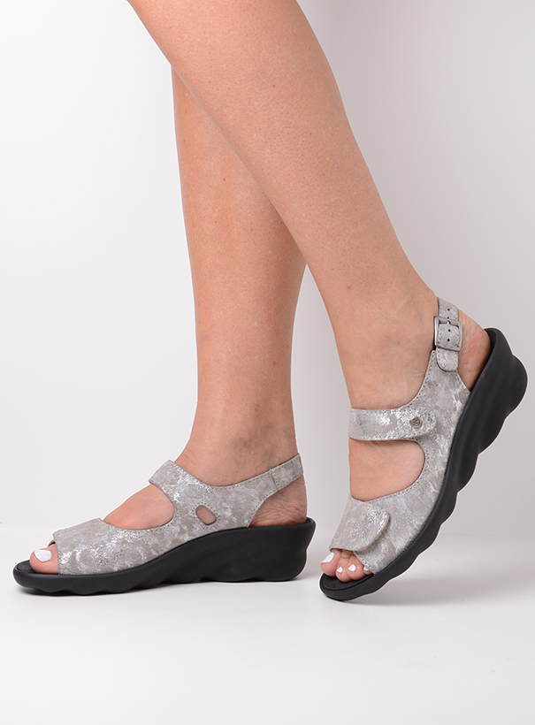 wolky sandalen 03125 scala 48150 taupe geprint suede detail