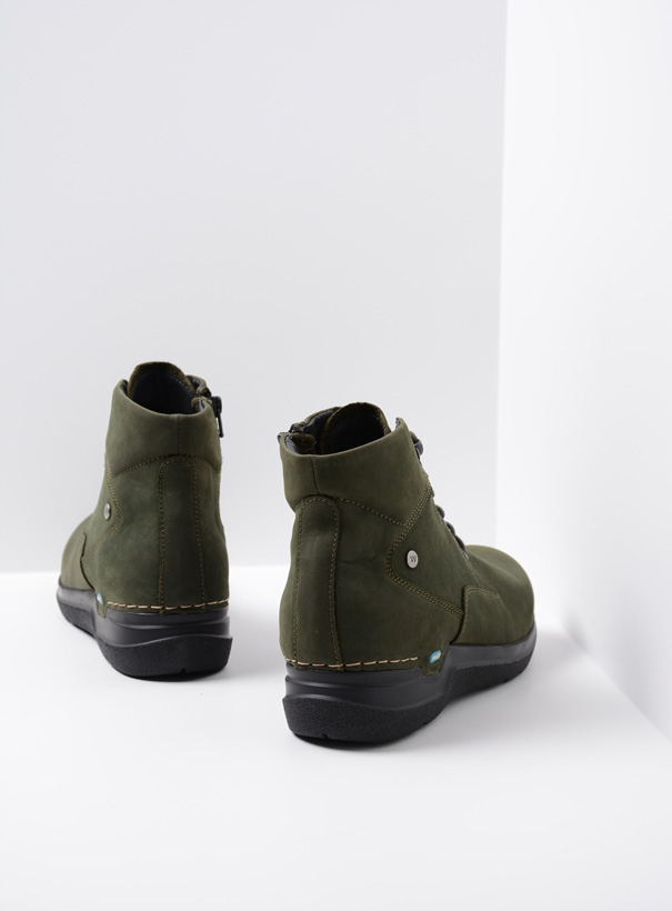 wolky extra comfort 06612 whynot 16735 forest groen nubuck back